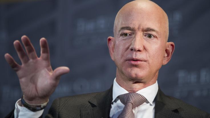 Gründer Jeff Bezos wird Amazon in anderer Funktion erhalten bleiben.