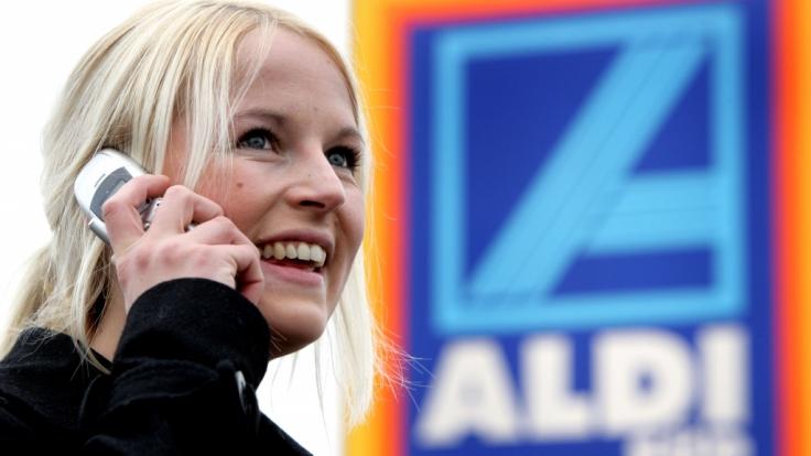Zockt Aldi bei seinem Handy-Tarif die Kunden ab? (Foto)