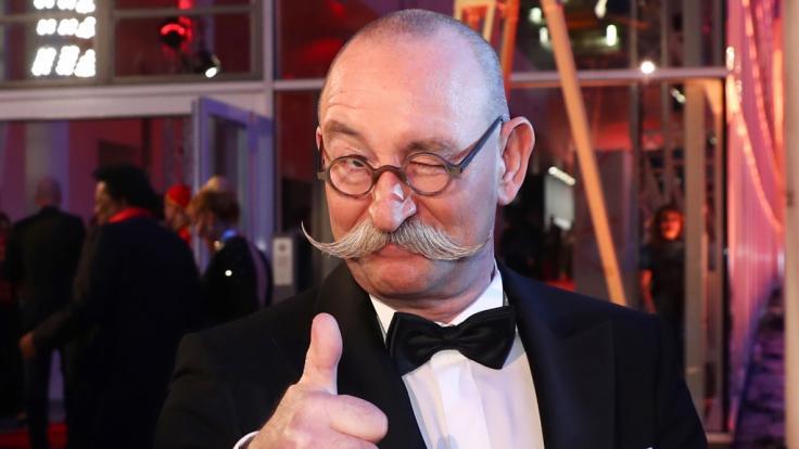 """Horst Lichter hat sich mit """"Bares für Rares"""" im ZDF zum Publikumsliebling gemausert. (Foto)"""