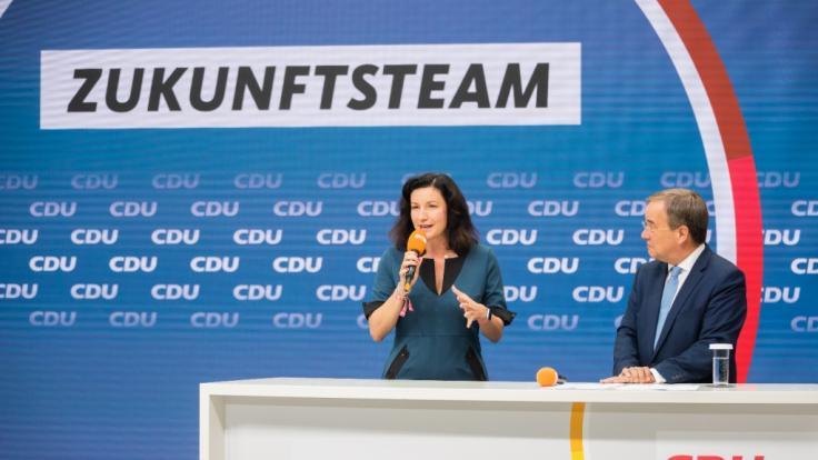 """Nach der Kritik zu Armin Laschets """"Zukunftsteam"""" sorgte ein Zitat von CSU-Politikerin Dorothee Bär für Verwunderung und Entrüsten. (Foto)"""