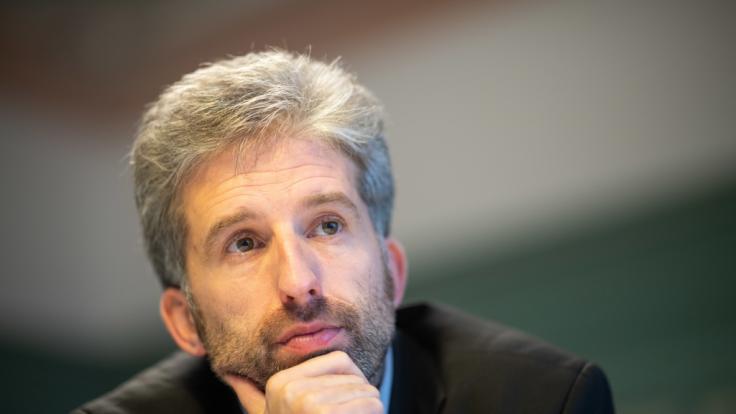 Boris Palmer (Bündnis 90/Die Grünen), Oberbürgermeister der Stadt Tübingen, hat mit seiner öffentlich Kritik an der Deutschen Bahn einen heftigen Shitstorm losgetreten.