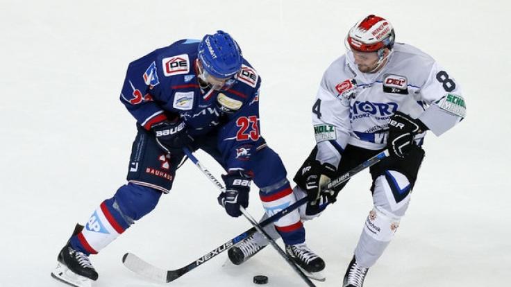 Schwenninger Wild Wings trafen auf Adler Mannheim beim DEL Eishockey Winter Game 2017 am 7. Januar.