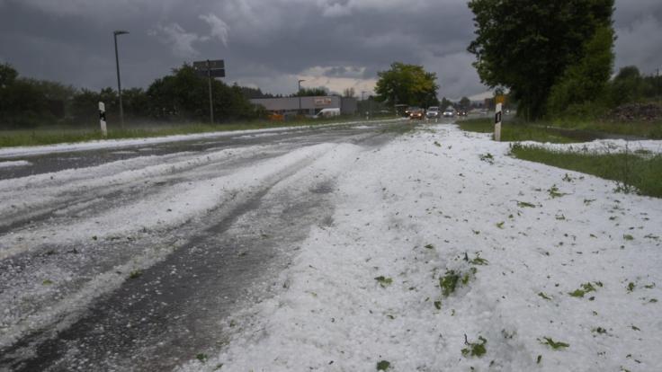 Heftige Unwetter sorgten in Bayern und Baden-Württemberg für Chaos. (Foto)