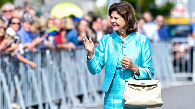 Königin Silvia von Schweden hat sich das Handgelenk bei einem Sturz gebrochen.