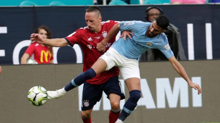 Am Sonntag treffen die Bayern in einem Freundschaftsspiel auf Manchester United. (Foto)
