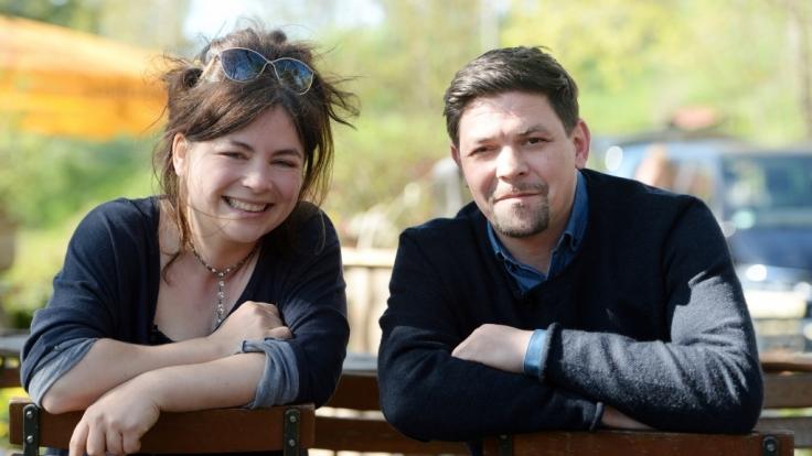 Küchenchefin Maria Groß und TV-Koch Tim Mälzer treffen in den neuen Folgen von