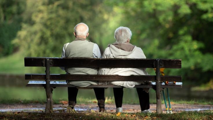Der Blick auf Deutschlands Renten zeigt, wie ungleich die Rentenzahlungen zwischen Männern und Frauen gestaffelt sind. (Foto)
