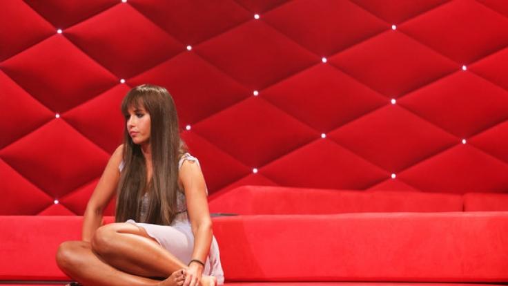 """Sarah Lombardi hatte sich ihren ersten Auftritt bei """"Curvy Supermodels"""" sicherlich anders vorgestellt. (Foto)"""