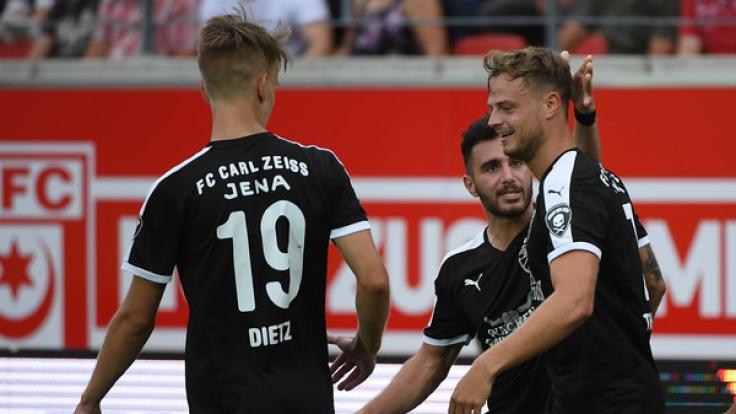 Heimspiel FC Carl Zeiss Jena: Die aktuellen Spielergebnisse der 3. Fußball-Bundesliga bei news.de.