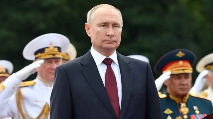 Wladimir Putin bereitet sich offenbar auf den Ernstfall vor. (Foto)