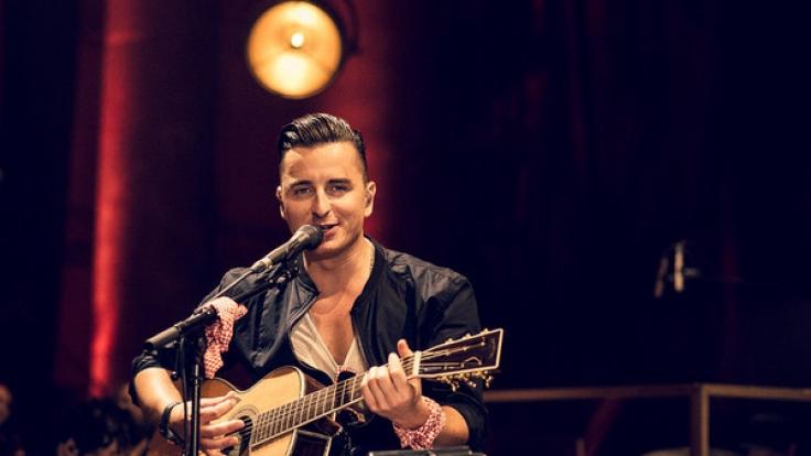 Andrea Gabalier beim MTV Unplugged-Konzert in Wien 2016.