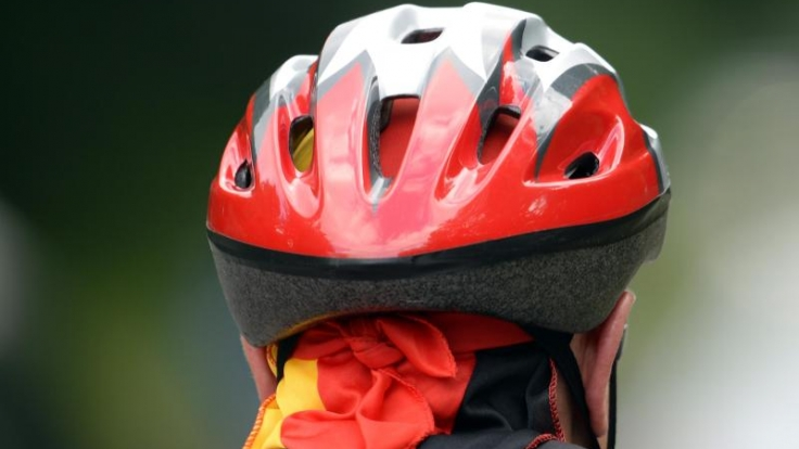 Die Testsieger unter den Fahrradhelmen schützen vor Kopfverletzungen und sitzen bequem. (Foto)