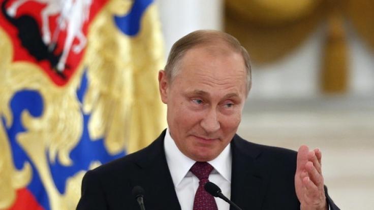 Eine neue Studie zeigt, warum Putin beim Volk so beliebt ist. (Foto)