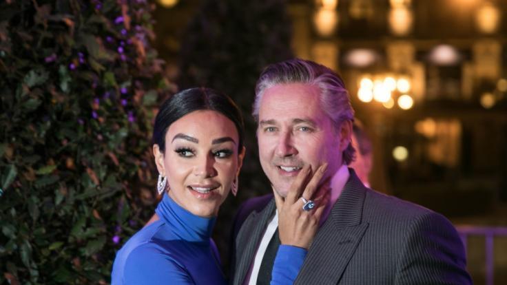 Verona und Franjo Pooth feiern ihren 20. Hochzeitstag. Im Podcast droht Verona aber mit Scheidung. (Foto)