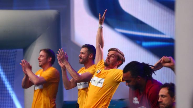 Die beste Show der Welt: Jochen Schropp verletzt sich an der Schulter