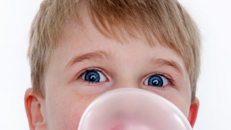 Kaugummi raus!, heißt es oft in der Schule. Dabei gibt es gute Argumente, den Gum im Mund zu behalten. (Foto)