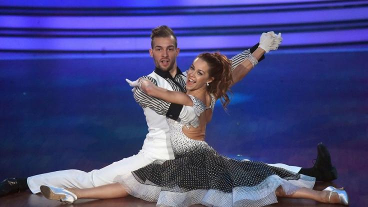 """Eric Stehfest und Oana Nechiti stehen nach """"Let's Dance"""" 2016 wieder gemeinsam vor der Kamera. (Foto)"""