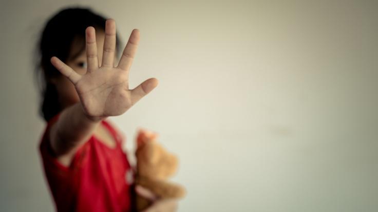 Ein 14 Jahre altes Mädchen aus Indien wurde nach einer versuchten Gruppenvergewaltigung bei lebendigem Leibe angezündet (Symbolbild).