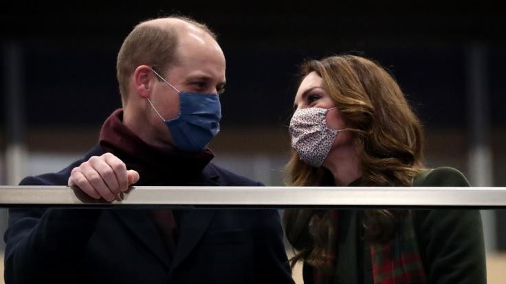 Prinz William und Kate, Herzogin von Cambridge, könnten künftig für die Corona-Impfung werben. (Foto)
