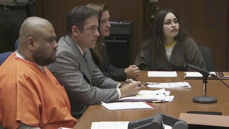Das Videostandbild zeigt Isauro Aguirre (l) und Sinthia Fernandez (r) während ihrer Strafmaßverkündung im Gerichtssaal. Aguirre, der den acht Jahre alten Sohn seiner Freundin zu Tode quälte, ist in Kalifornien zum Tod verurteilt worden. (Foto)