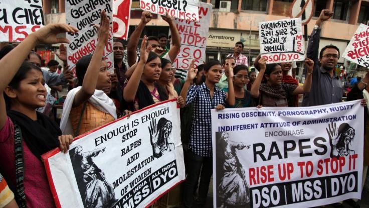 Immer wieder gibt es in Indien Proteste gegen Vergewaltigungen.