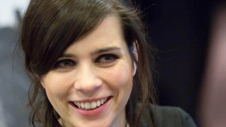 Nora Tschirner am 16. Januar 2013 in Hamburg. Tschirner schützt wie kaum eine andere deutsche Schauspielerin ihr Privatleben vor der Öffentlichkeit. (Foto)