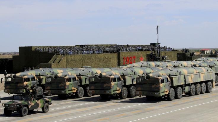 Chinesische Beamte drohen Japan mit Atombomben. (Foto)