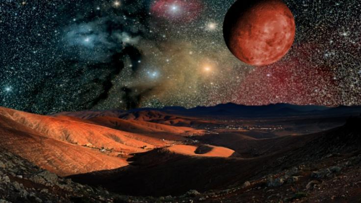 Mega-Meteor oder Mars-Attacke? Ein riesiger Feuerball am Nachthimmel erschreckte in der vergangenen Nacht die Menschen in Großbritannien