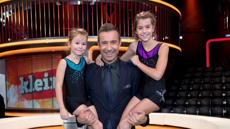 Kai Pflaume mit Greta und Thea.