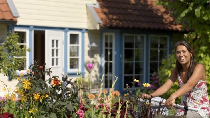Blumen und Gemüsepflanzen sorgen für einen kunterbunten Blütensommer. (Foto)