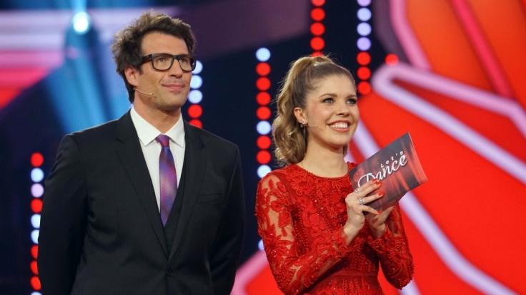 """Das """"Let's Dance""""-Moderatoren-Duo Daniel Hartwich und Victoria Swarovski hat am Freitag, dem 30.03.2018 Pause - am Karfreitag gibt es keine neue Ausgabe der RTL-Tanzshow. (Foto)"""