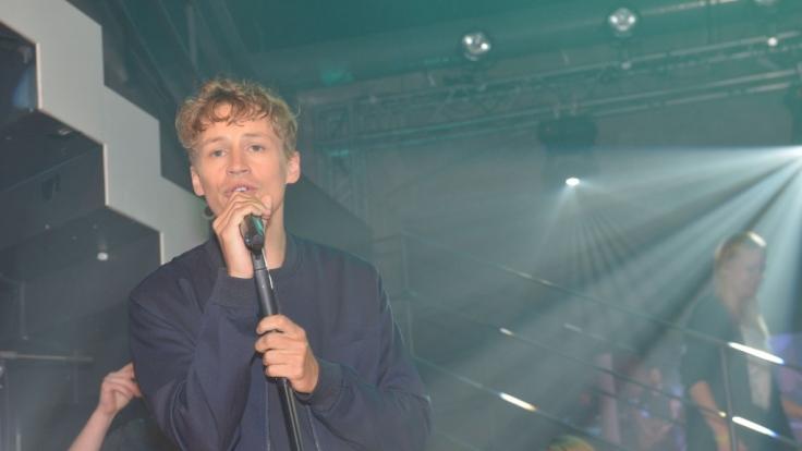 Der erfolgreiche Singer-Songwriter Tim Bendzko gibt ein Konzert im Mauerwerk. (Foto)