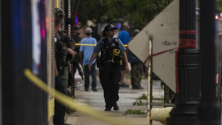Auf einer Trauerfeier in Chicago kam es zu einer Schießerei - 14 Menschen kamen mit Verletzungen ins Krankenhaus. (Foto)