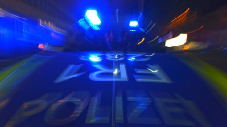 In Berlin wurde die Polizei zu einem blutigen Familiendrama gerufen - eine Dreijährige konnte nicht gerettet werden und starb. (Symbolfoto)