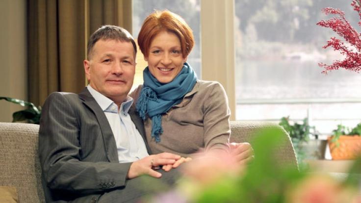 Serien-Ehepaar: Thomas Rühmann als Dr. Roland Heilmann und Hendrikje Fitz als Pia Heilmann. (Foto)