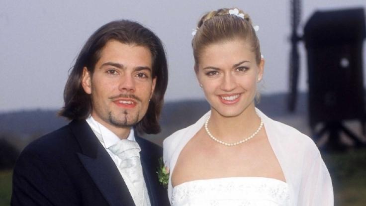 In Folge 2500 heiratete Leon Moreno (Daniel Fehlow) Cora Hinze (Nina Bott).