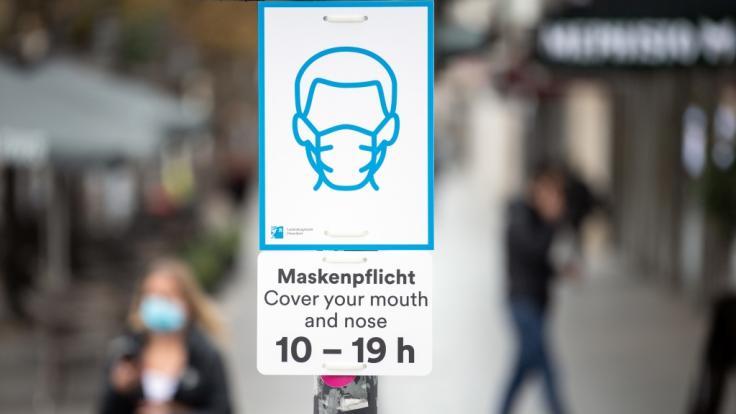 Ein Gericht kippt die generelle Maskenpflicht in Düsseldorf. (Foto)