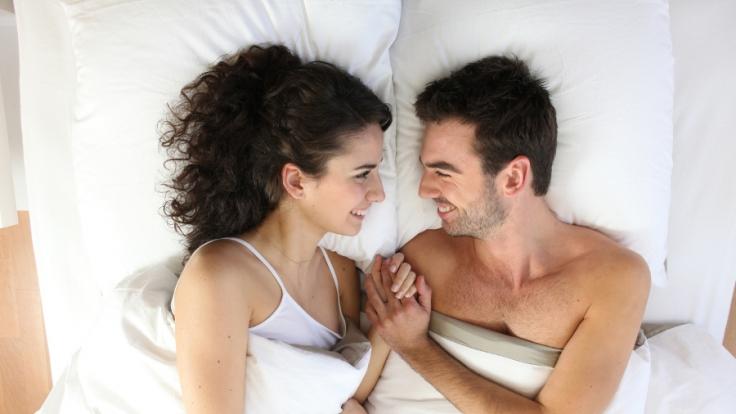 Sex macht immer Spaß. Doch viele scheuen sich vor einer morgendlichen Kuschel-Einheit.