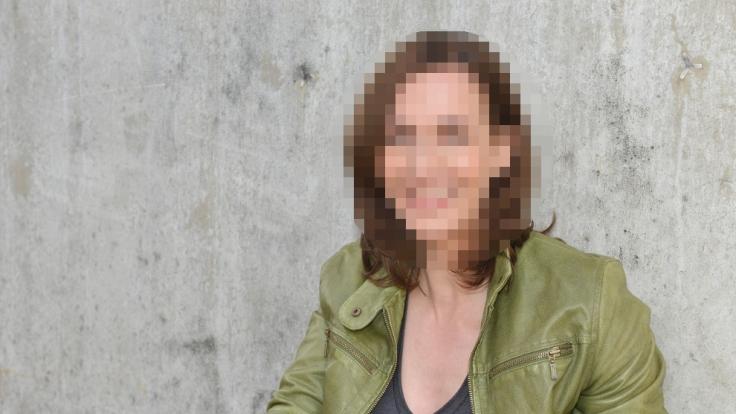 Katrin Flemming-Darstellerin Ulrike Frank wurde mit einer verdächtigen Wölbung erwischt.