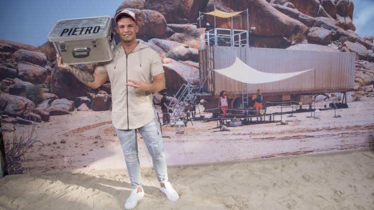 "Pietro Lombardi hat das Musikvideo zu ""Phänomenal"" am Strand gedreht. (Foto)"