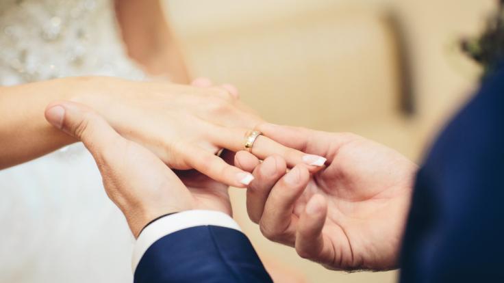 James Middleton soll sich mit der Französin Alizee Thevenet verlobt haben. (Symbolbild) (Foto)