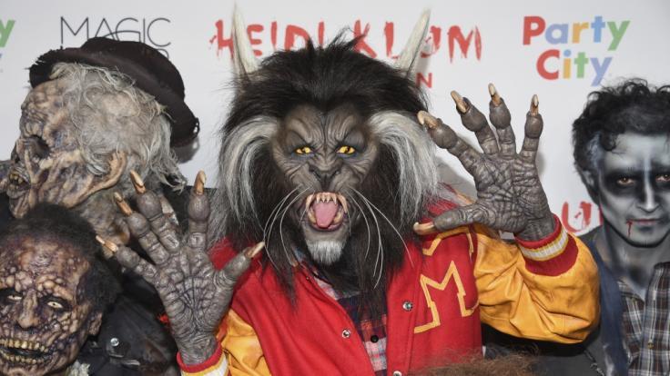 2017 erscheint Heidi Klum als Werwolf auf einer Halloween Party am Times Square. (Foto)