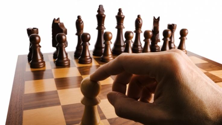 Wer manipuliert wird, fühlt sich wie eine Schachfigur, die hin und her geschoben wird. (Foto)