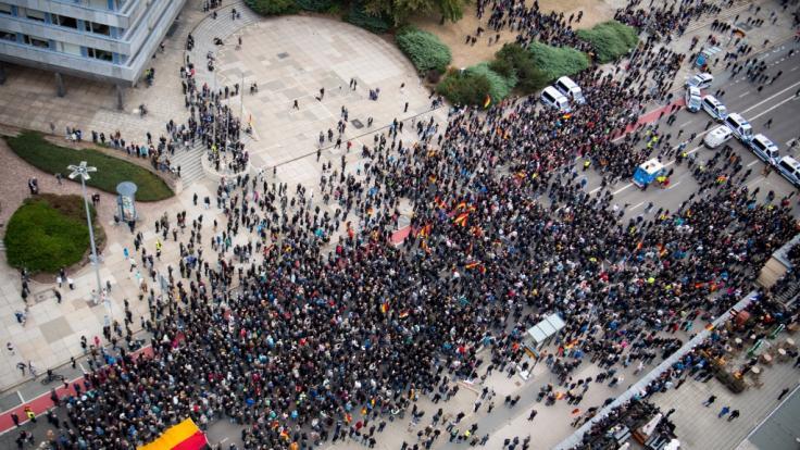 8.500 Menschen sollen am Samstag in Chemnitz demonstriert haben. (Foto)