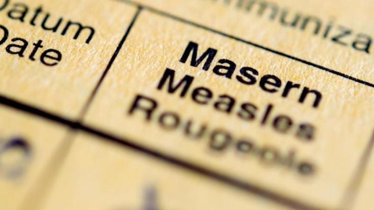 Bei der ersten Masern-Ipmfung erreichen die Bundesländer eine Impfquote von 95 Prozent. Häufig erfolgt jedoch die zweite Impfung zu spät. (Foto)