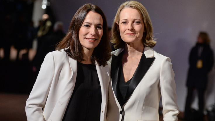 Die Journalistinnen Anne Will (l) und Miriam Meckel bei der Eröffnung der Elbphilharmonie. (Foto)