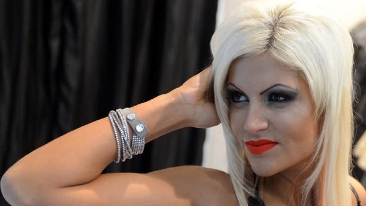 Sophia Wollersheim posiert für Model-Aufnahmen.