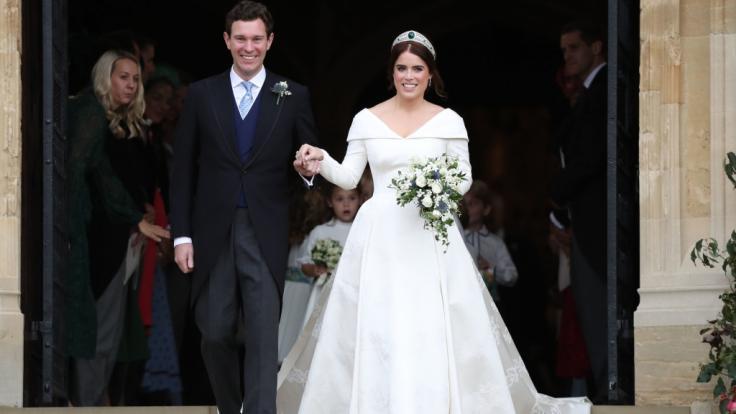 Royals-Fans können es kaum erwarten, dass Prinzessin Eugenie - hier an ihrem Hochzeitstag mit Ehemann Jack Brooksbank - ihr erstes Kind bekommt. (Foto)