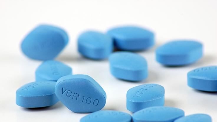 Aus Spaß haben eine Menge Männer schon mal Viagra genommen, aber gleich 35 Stück?