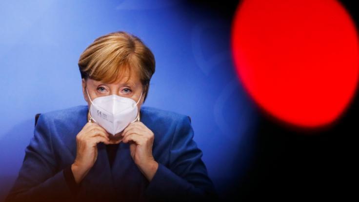 Bundeskanzlerin Angela Merkel berät sich mit den Ministerpräsidenten der Länder am 19. Januar zu einer möglichen Verlängerung und Verschärfung der aktuellen Corona-Maßnahmen und des Lockdowns. (Foto)